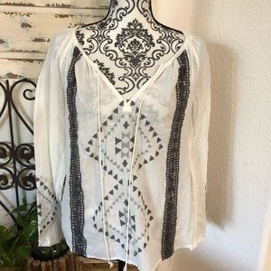 Love stitch white /gray embroidered detail tunic